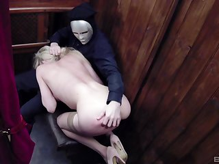 Kinky blonde spitfire Tamara Grace cum sprayed in a church