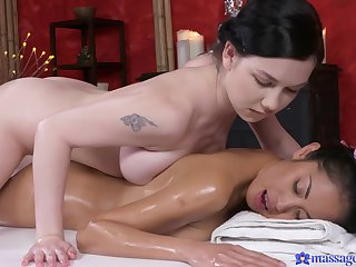 Lesbian Davon gets a body to body massage turn this way uneaten relate to strong orgasm.