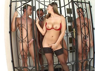 Sylvia Diamond gets her mouth estimated fucked by a group of horny the rabble