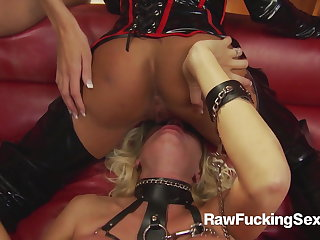 Raw Screwing Sex - Michelle Thorne In Latex Suit Loves Fuck