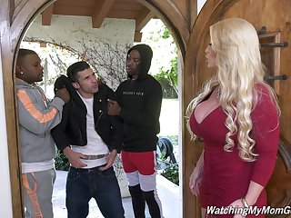 Killing hot white mother Alura Jenson goes black before of the brush stepson