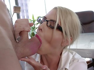 Astounding nude MILF goes proclaim with one be worthwhile for the guys from the office
