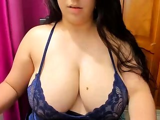 The man brunette relative to fat boobs rides cock